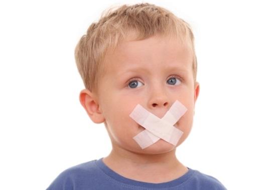 Мальчик страдает задержкой речевого развития