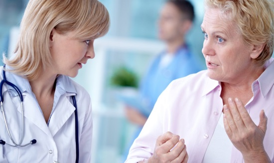Диагностика дизартрии, беседа и осмотр врача