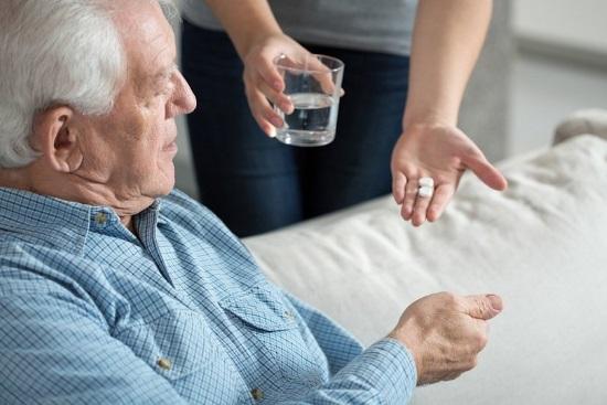 Схема реабилитации включает медикаментозную терапию