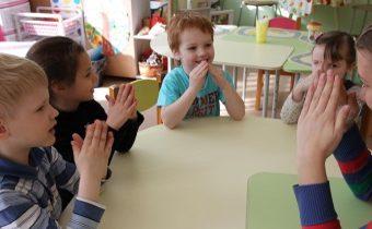 Как развивать речь дошкольника с помощью пальчиковой гимнастики