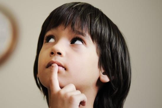 Мальчик с лексико-грамматическим нарушением речи