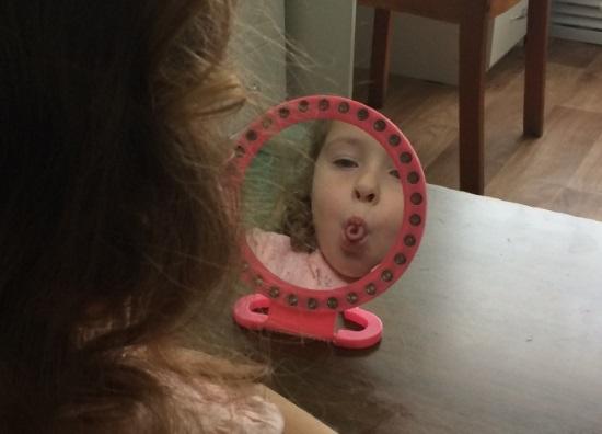 Артикуляционная гимнастика перед зеркалом